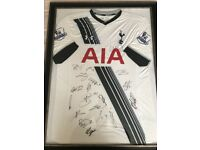 Framed Player issued Tottenham Hotspur 2015/16 shirt signed by the squad. Authenticated by the club