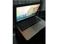 """Macbook air 13"""" 2015 model-i5-1,6GHz-128SSD-8ram with apole care until 2019"""