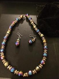 Few left Nevlace and Earring sets