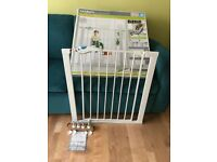 Lindam Easy Fit Plus Deluxe Pressure fit Safety Gates