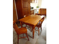 Kitchen table & 4 chairs (pine)