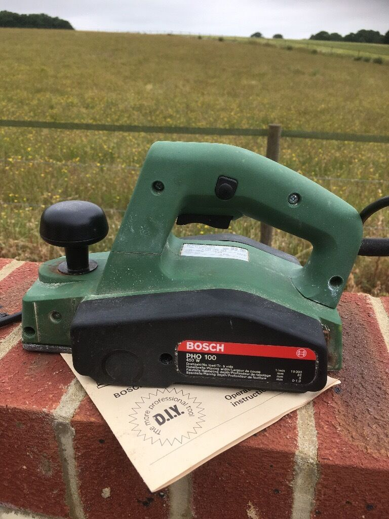 Bosch Electric Planer Pho 100 450watt In Dunstable Bedfordshire What Does An Do