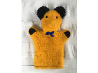 Vintage yellow faux fur teddy bear, Sooty-like glove puppet. £3 ovno.