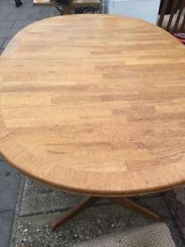 Extendable dining table and 4 or 5 chairs