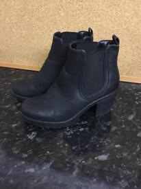Ladies size 5 slip on ankle boots
