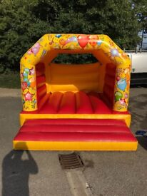 8ft x 11ft Bouncy Castle