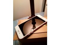 Still available**PHONE 7 128GB IN ROSE GOLD FLAWLESS
