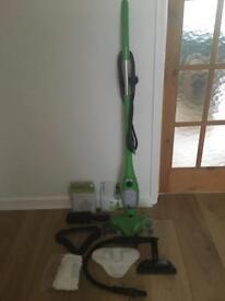 H20 X5 steam mop & accessories