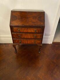 antique chest/bureau
