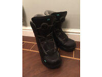 Kids Rome Snowboarding Boots. Size 5 small made