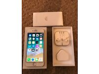 iPhone 7 silver 128gig UNLOCKED with original receipt
