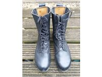 Boots size 9 black