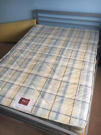 Air-sprung mattress