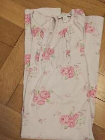 White company night dress aged 7-8