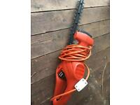 Hedge trimmer black and decker