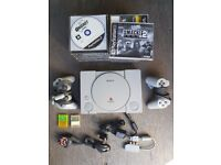 SONY PLAYSTATION 1 CONSOLE + 2 CONTROLLERS + MEMORY CARDS + 18 GAMES + ALL CABLES