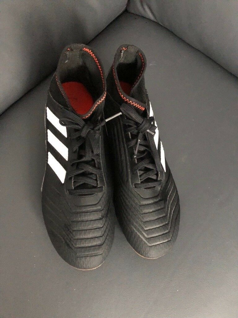 48a8b11af NEW FOOTBALL BOOTS ADIDAS PREDATOR SIZE 6UK | in ...