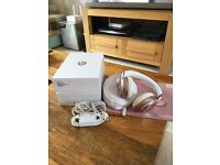 beats solo2 wireless special edition rose gold