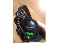 Pc headphones with speaker