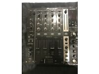 For sale ,DJM 750K & Traktor X1 Mk2 in mint condition with free bag
