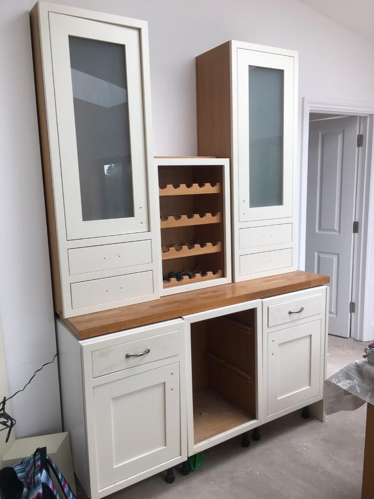 Kitchen dresser units