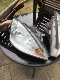 Ford Focus headlights Left hand and Right hand sides in good condition