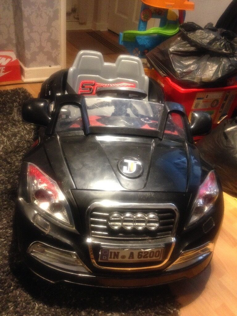 Kids ride on car Audi TT