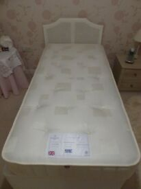 3ft DREAMWORKS MATTRESS - 1 WEEK OLD - COST £339 ONLY £90 FOR QUICK SALE