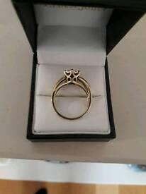 9 carat gold diamond engagement ring