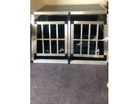 Animal cage for vehicle