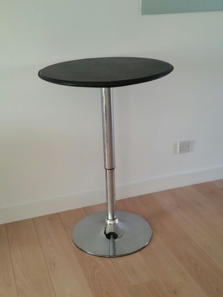 Bistro table, black top chrome leg, height adjustable