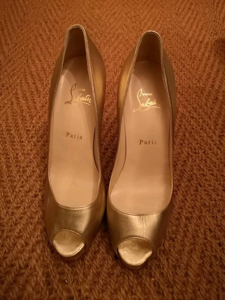 Christian louboutin shoes  841a31defbf9