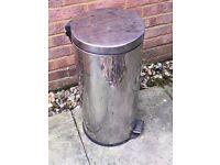 Stainless Steel Bin (30 cm diameter x 62cm-height)