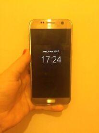 Samsung s7 gold.
