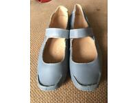Clarks 'Active Air' Ladies Blue Leather Comfort Shoes Size UK 6 1/2