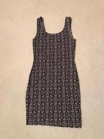 Ladies New Look black and White dress