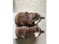 Clarks sportymorty shoes size 4 1/2 h