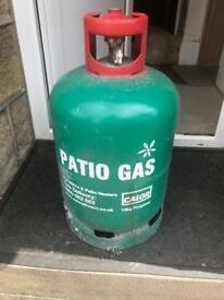 13 KG Calor Gas Bottle (half to quarter full) with Regulator and pipe