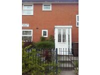 3/4 BED HOUSE TO RENT NEAR MOSTON LANE SCHOOL, MANCHESTER. 2 GARDENS AND 2 PRIVATE DRIVEWAYS