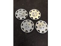 Ford Focus Mk1 1.6 Zetec 2001 Complete Set Of 4 Wheel Caps Breaking