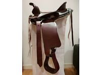 Western Saddle to suit small pony