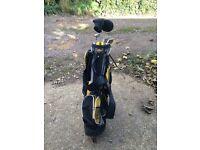 Golden Bear Junior Golf Clubs And Golf Bag. Ideal For First Golf Set.