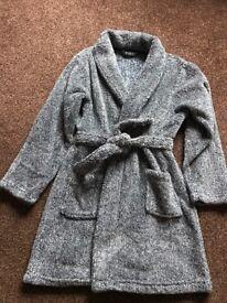 Boys dressing gown aged 8-9yrs