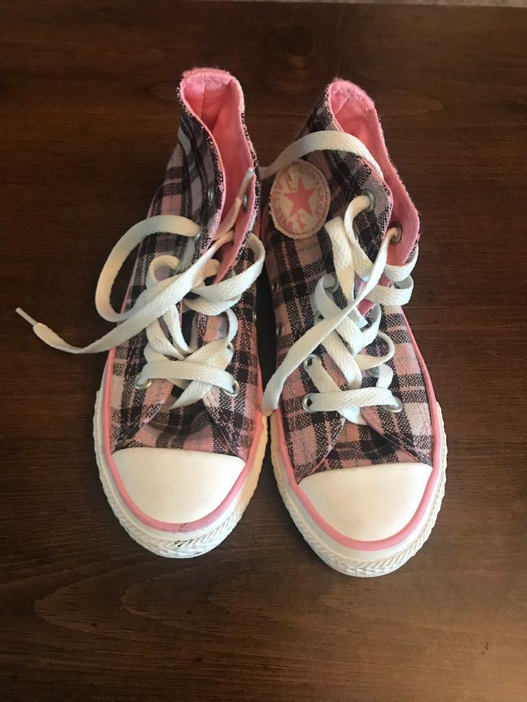 Girls Converse trainers size 11  f79b180a1