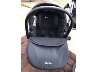 Silver Cross Simplicity Car Seat and Simplifix Isofix Base