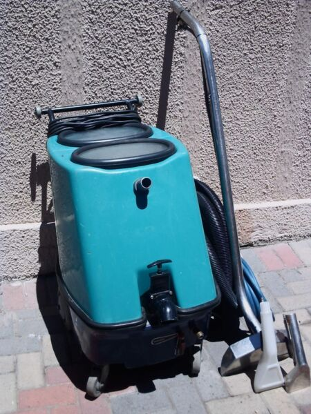 CARPET and UPHOLSTERY  cleaning machine for HIRE