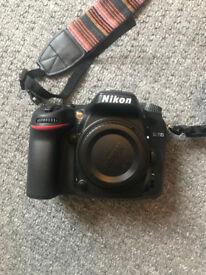 Nikon D7100 - Like New