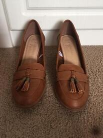 Size 8 women's shoes