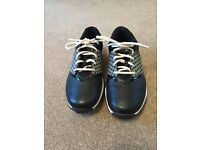 Ladies Nike Black Golf Shoes with Interchangeable side (Size 5.5)