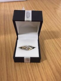 9ct White and Yellow Gold Diamond Crossover Ring